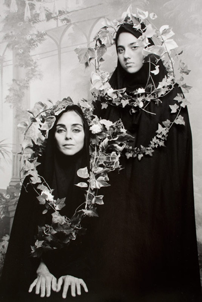 449 - NESHAT Shirin - Untitled (from _Women of Allah_series)
